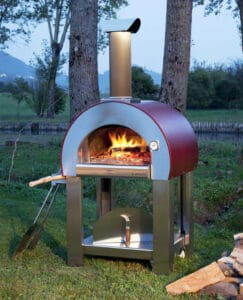 Four à pizza bois extérieur en métal et en fonction avec cheminée