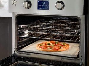 Four traditionnel encastrable pour cuire pizza