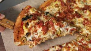 Part de pizza prête à degustation