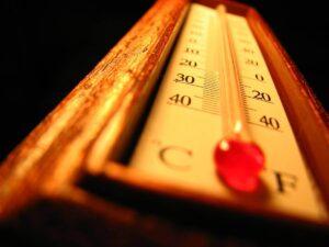 Thermomètre pour montrer la température d'un four à pizza pour la cuisson